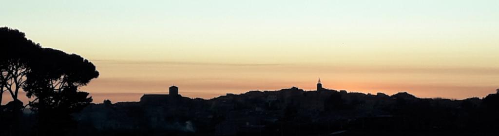 Crépuscule sur Caromb